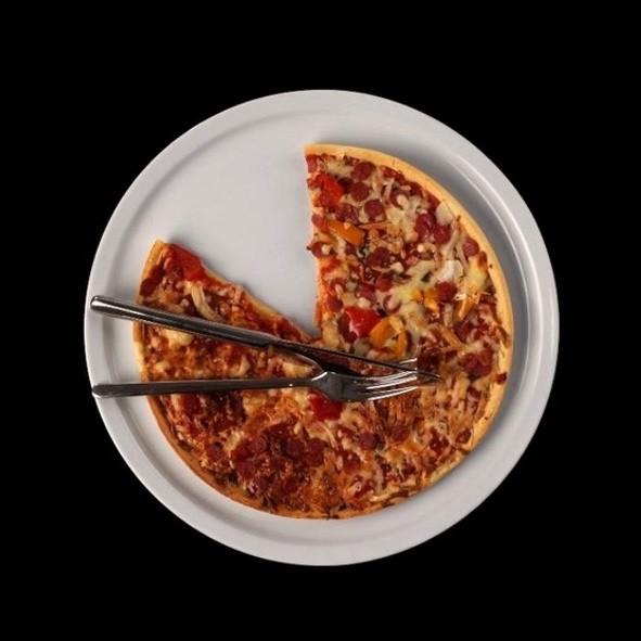 Profi Pizzateller 31 cm Hartporzellan