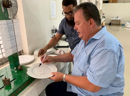Holst Porzellan Warenkunde Qualitätskontrolle