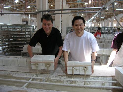 Schulung über die handwerkliche Herstellung von Porzellan